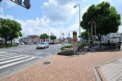 シェアハウス近くの交差点の様子。(2012-08-18,共用部,ENVIRONMENT,1F)