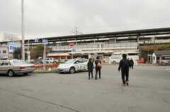 JR東海道本線・塚本駅の様子。(2012-12-18,共用部,ENVIRONMENT,1F)