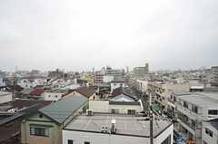 窓からは大阪城とあべのハルカスが両方見えます。(501号室)(2015-09-03,専有部,ROOM,5F)