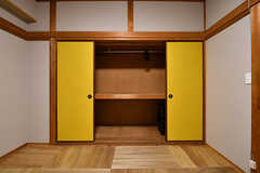 押入れの様子。(204号室)(2017-07-12,専有部,ROOM,2F)