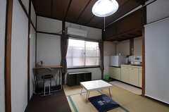 専有部の様子2。キッチン付きです。(101号室)(2012-01-13,専有部,ROOM,1F)