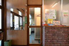 玄関脇にはランドリーとシャワールームがあります。(2019-01-17,共用部,OTHER,1F)