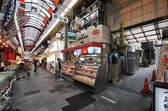 家の目の前は賑やかな商店街。(2013-10-29,共用部,ENVIRONMENT,1F)