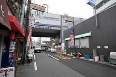 阪神なんば線 出来島駅前の様子2。(2011-11-28,共用部,ENVIRONMENT,1F)