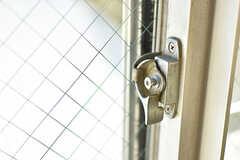 窓の鍵。(201号室)(2016-07-20,専有部,ROOM,2F)