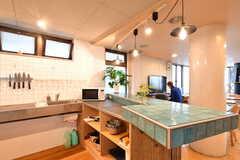 シェアハウスのキッチンの様子。(2015-05-18,共用部,KITCHEN,1F)
