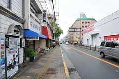大阪市営地下鉄谷町線・喜連瓜破駅からシェアハウスへ向かう道の様子。(2011-05-28,共用部,ENVIRONMENT,1F)