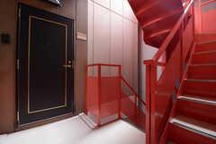 玄関の様子。(201〜205号室)(2014-12-10,共用部,OTHER,2F)