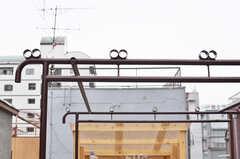 物干台が設置されています。(2014-05-15,共用部,LIVINGROOM,4F)