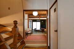 階段側から見たリビングの様子。(2017-05-11,共用部,OTHER,3F)