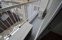 ベランダの様子。302号室と共用です。(303号室)(2015-02-02,専有部,ROOM,3F)