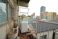洗濯機置き場は外です。(2015-12-10,共用部,LAUNDRY,3F)