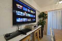 TVは60インチ。apple TVも契約済みです。(2015-11-16,共用部,TV,2F)