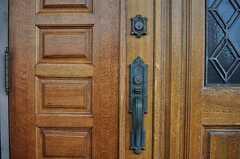 玄関の鍵の様子。(2012-09-11,周辺環境,ENTRANCE,10F)