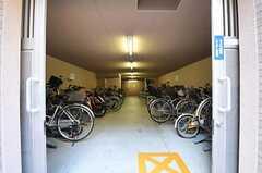 自転車置き場の様子。(2012-09-12,共用部,GARAGE,1F)