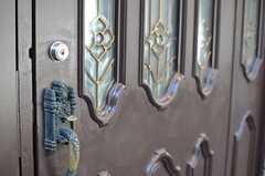 玄関ドアの様子。(2014-01-29,周辺環境,ENTRANCE,1F)
