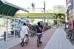 大阪市営地下鉄四つ橋線・住之江公園駅前の様子2。(2017-05-11,共用部,ENVIRONMENT,1F)