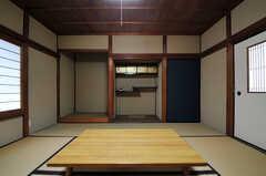 専有部の様子2。違い棚や床の間など、しっかりとしたつくりです。(208号室)(2014-03-06,専有部,ROOM,2F)