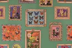 壁紙の様子。蝶や梟がプリントされています。(2017-02-22,共用部,OTHER,1F)