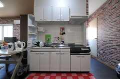 キッチンの様子。(2013-09-19,共用部,KITCHEN,3F)