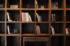 本棚の様子。(2013-10-28,共用部,OTHER,1F)