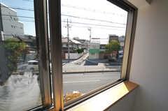 窓の外の様子。(207号室)(2013-10-28,専有部,ROOM,2F)