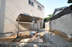 工事途中ですが、自転車置き場の様子。(2013-10-28,共用部,GARAGE,1F)