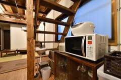 食器棚脇には手洗い場が設置されています。(2019-03-14,共用部,KITCHEN,1F)