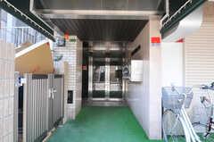 マンションのエントランス。(2010-11-26,周辺環境,ENTRANCE,1F)