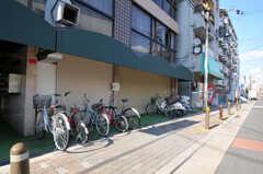 自転車置場の様子。(2010-11-26,共用部,GARAGE,1F)