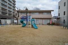 シェアハウスの目の前には公園があります。(2015-01-14,共用部,ENVIRONMENT,1F)