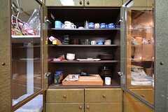 食器棚の様子。(2015-12-10,共用部,KITCHEN,4F)