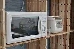 キッチン家電の様子。(C棟)(2013-12-17,共用部,LIVINGROOM,2F)