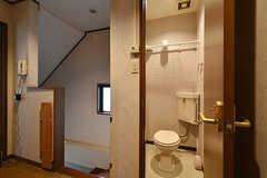 トイレの様子。(2016-08-23,共用部,TOILET,3F)