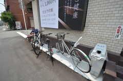 自転車置場の様子。(2014-06-30,共用部,GARAGE,1F)