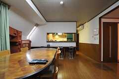 カウンターの先がキッチンです。(2012-11-26,共用部,LIVINGROOM,4F)