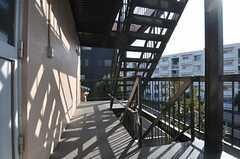 非常階段の様子。(2011-12-20,専有部,ROOM,3F)