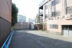 駐車場の様子。(2011-12-20,共用部,OTHER,1F)