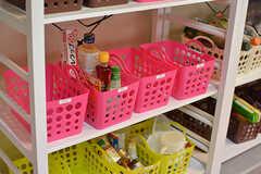 部屋ごとに食材などを収納しておけるボックス。(2017-06-07,共用部,KITCHEN,2F)