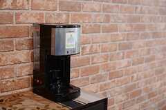 コーヒーメーカーの様子。(2015-03-30,共用部,LIVINGROOM,2F)