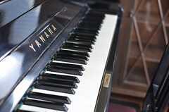 ピアノ付きです。※今後共用部に移動する可能性もあるとのこと。(201号室)(2013-08-22,専有部,ROOM,2F)
