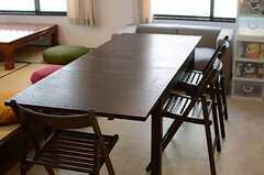 ダイニングテーブルは拡張できます。(2014-01-28,共用部,LIVINGROOM,1F)