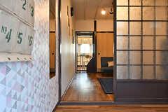 玄関から見た内部の様子。(2017-01-18,周辺環境,ENTRANCE,1F)