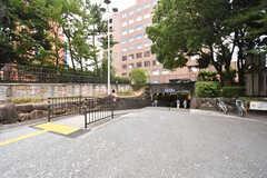 北大阪急行電鉄・緑地公園駅の入り口。(2016-08-01,共用部,ENVIRONMENT,1F)