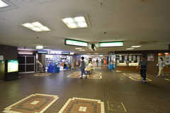 北大阪急行電鉄・緑地公園駅構内の様子。(2016-08-01,共用部,ENVIRONMENT,1F)