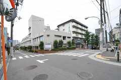 地下鉄御堂筋線・緑地公園駅近くは病院が充実しています。(2013-08-22,共用部,ENVIRONMENT,1F)