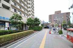 地下鉄御堂筋線・緑地公園駅の様子。(2013-08-22,共用部,ENVIRONMENT,1F)
