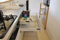 キッチン収納の様子。(2012-09-13,共用部,OTHER,1F)
