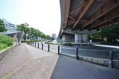 吹田駅前には吹田市役所があります。(2015-07-29,共用部,ENVIRONMENT,1F)
