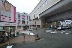 阪急宝塚本線・豊中駅前の様子。(2015-07-23,共用部,ENVIRONMENT,1F)